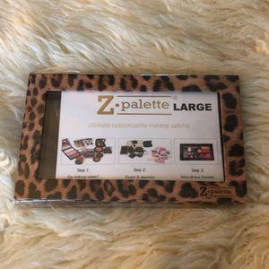 Leopard print Z Palette Large